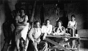 1936-40ChaletOdg03W