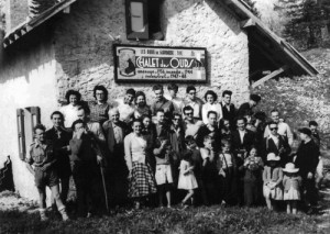 1949chaletTermineGroupeNB